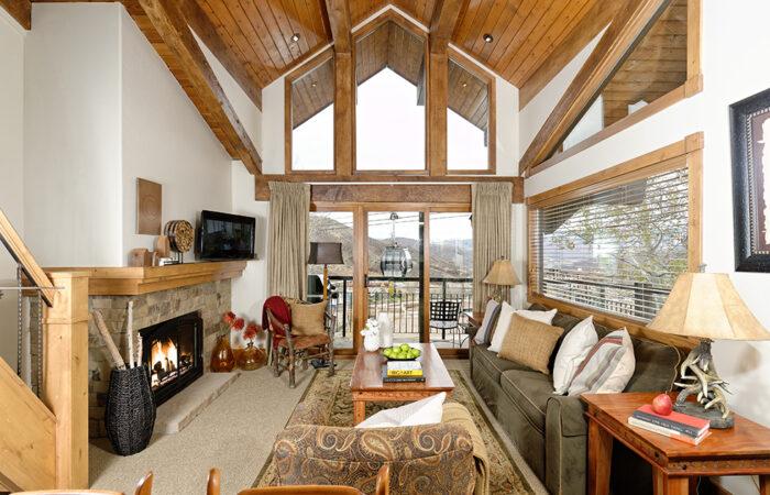 One Bedroom + Loft Premier Condo