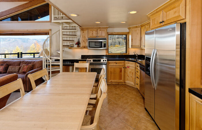 One Bedroom + Loft Deluxe Condo