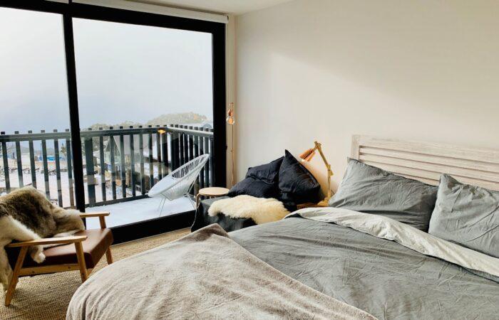 Studio Apartment (302)